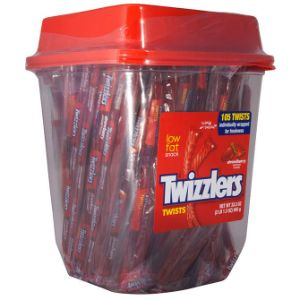 Twizzlers Strawberry Canister (105 pcs)